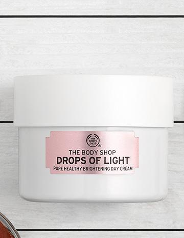 DROPS OF LIGHT™ DAY CREAM